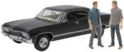 Voiture Miniature - Chevrolet Impala Sport Sedan 1967 - Avec Les Figurines Sam Et Dean
