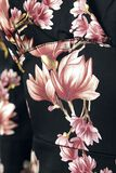 Robe Crayon Metallic Magnolia