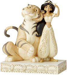 Figurine Jasmine En Bois Blanc