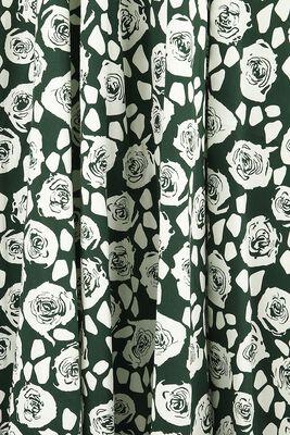 Robe White Roses